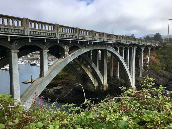 Conde McCullough designed Depoe Bay Bridge Highway 101 Oregon Coast