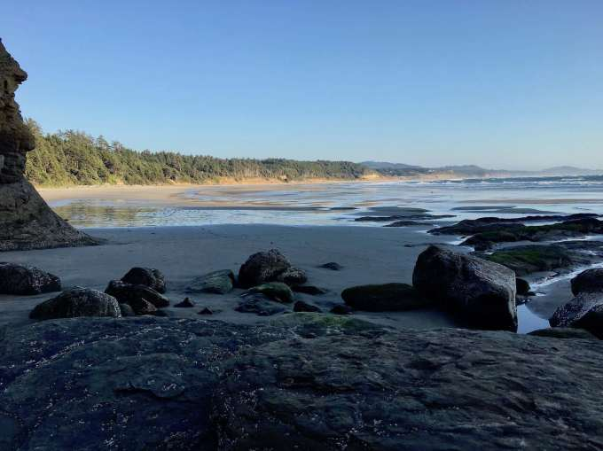 Surf spot on Beverly Beach near Devil's Punchbowl State Natural Area, Otter Rock, Oregon