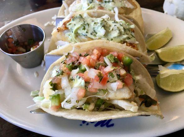 Mo's Fish tacos