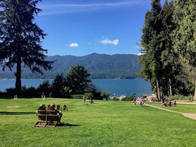 Lawn at Lake Quinault Lodge, Olympic National Forest peninsula Washington