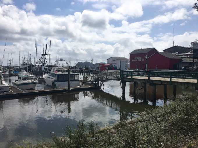 Ilwaco Washington harbor fishing village