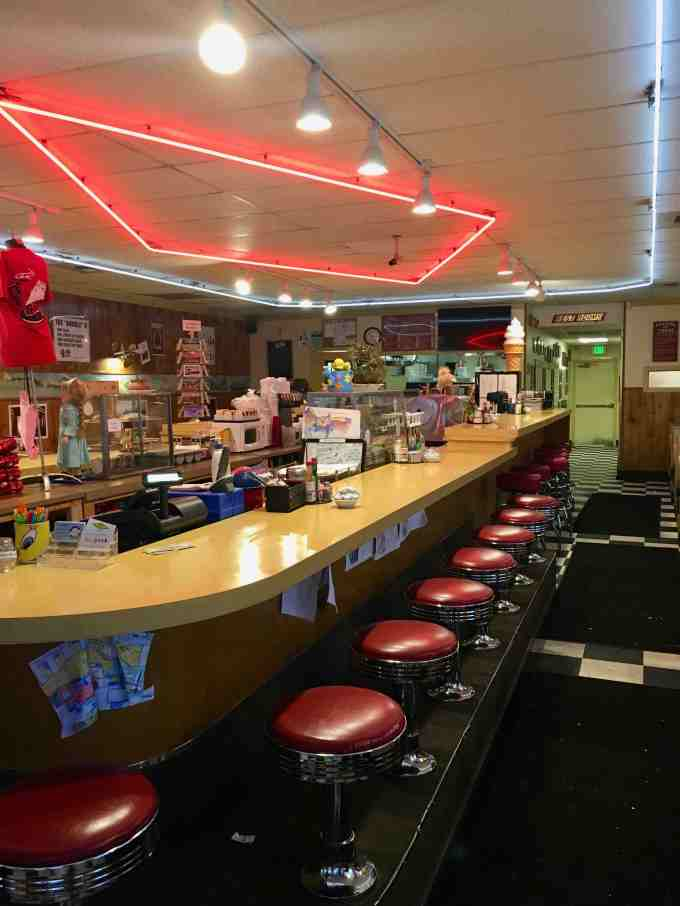 Twede's Cafe (aka The RR or Double R Diner) North Bend, Washington - Twin Peaks Filming Location