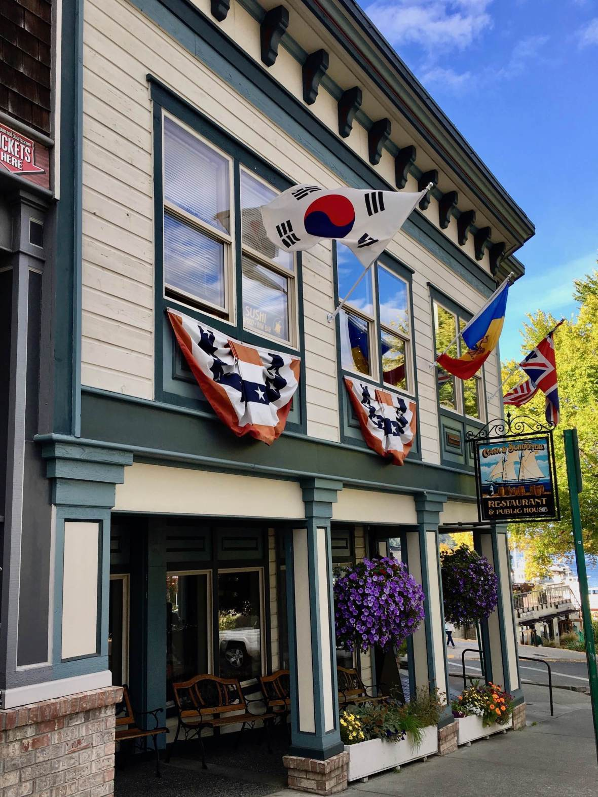 Cask & Schooner Restaurant & Public House in Friday Harbor, Washington