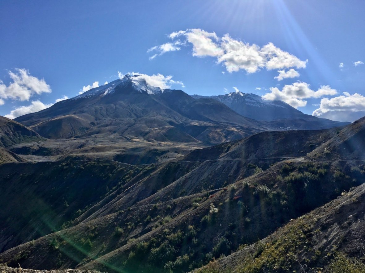 One last look back at Mount St. Helens as we hike back to Windy Point via Trail #207
