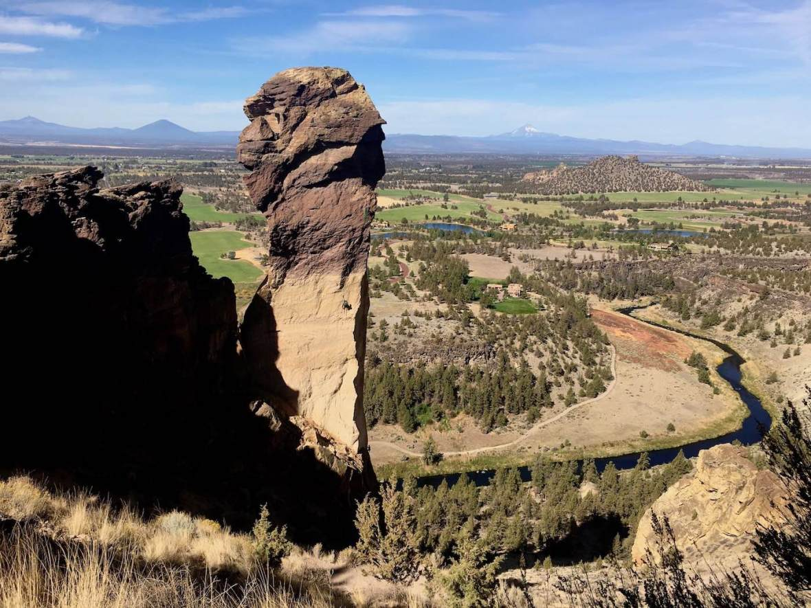 Rock climbers on Monkey Face Pinnacle in Smith Rock State Park, Oregon