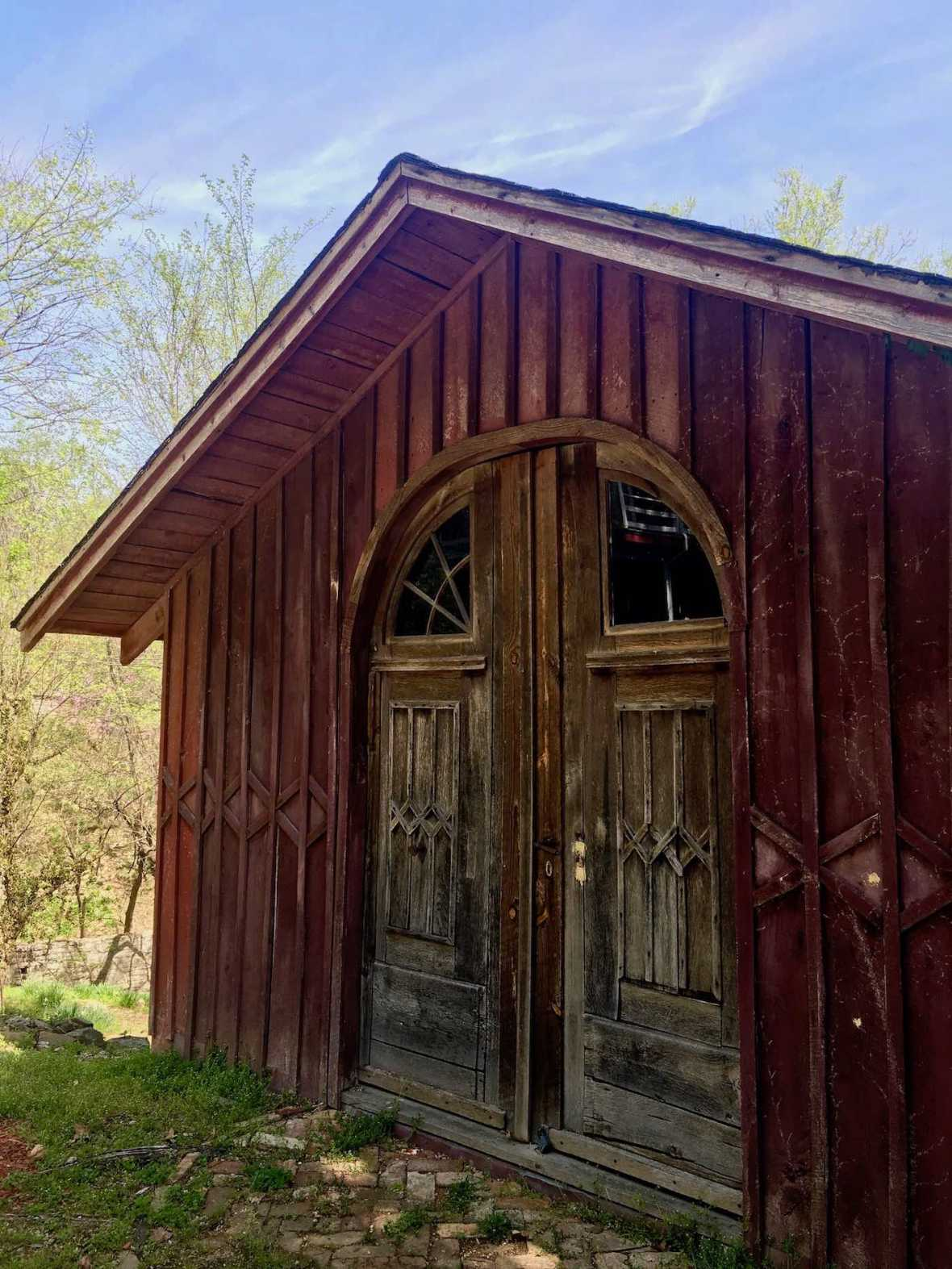 Historic garage along the trail in Eureka Springs, Arkansas
