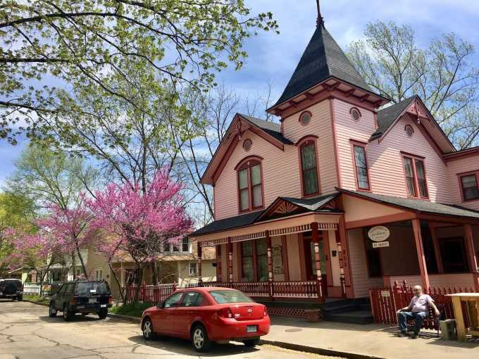 Pink Victorian house turned B&B in Eureka Springs, Arkansas