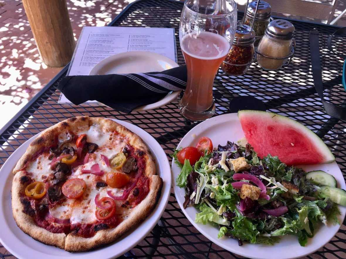 Good beer and food at Taos Mesa Brewing downtown taproom