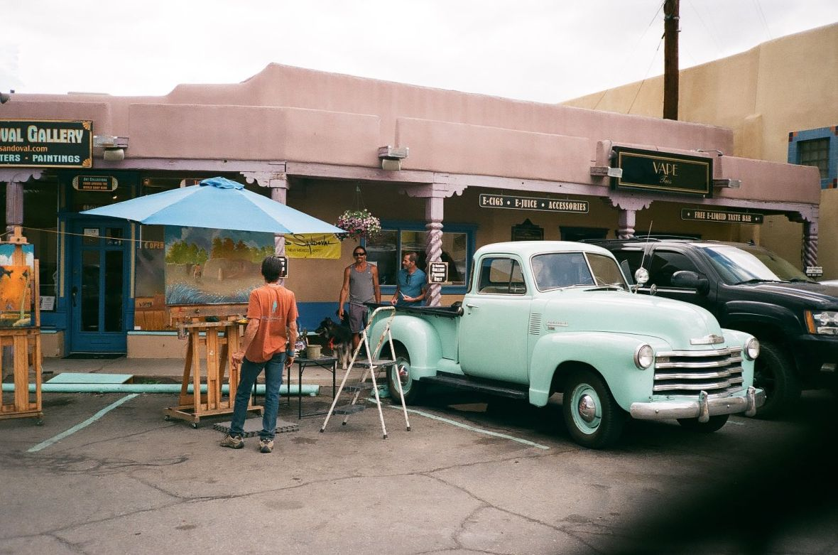 Taos Artists at work in the Plaza | 35mm photograph shot on Nikon L35af | Kodak Gold 200
